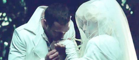 Lady Gaga y Taylor Kinney se casan en el video de 'You and I'