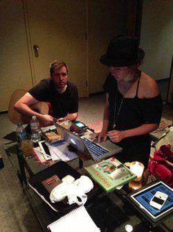 Shakira en el estudio de grabación