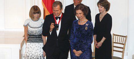 Anna Wintour, Mario Testino y la Reina Sofía
