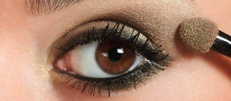 Elige la sombra apropiada al color de tus ojos para for Sombras de ojos para ojos marrones