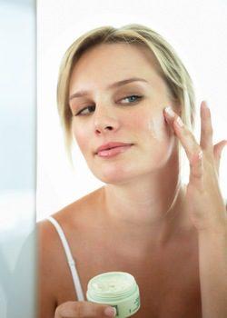 Reduce manchas y prevén el envejecimiento con baba de caracol