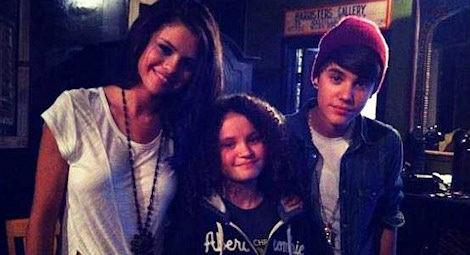 Selena Gomez y Justin Bieber con Unicef