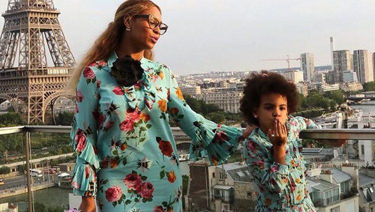 Fotografías promocionales de la marca Gucci en la que se puede ver a Beyoncé y a Blue Ivy super conjuntadas