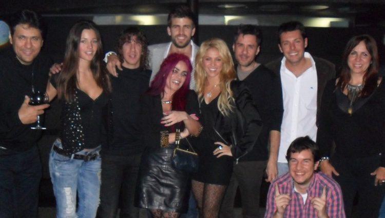 Piqué y Shakira celebrando su cumpleaños en febrero de 2011