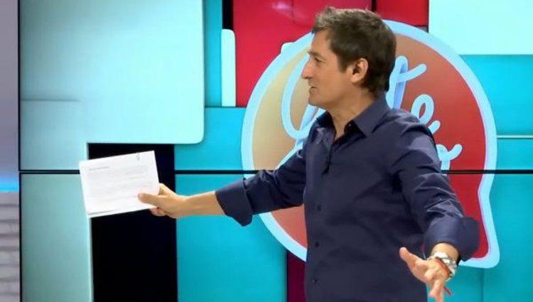 Antonio Hidalgo presentando 'Gente como tú' / Youtube