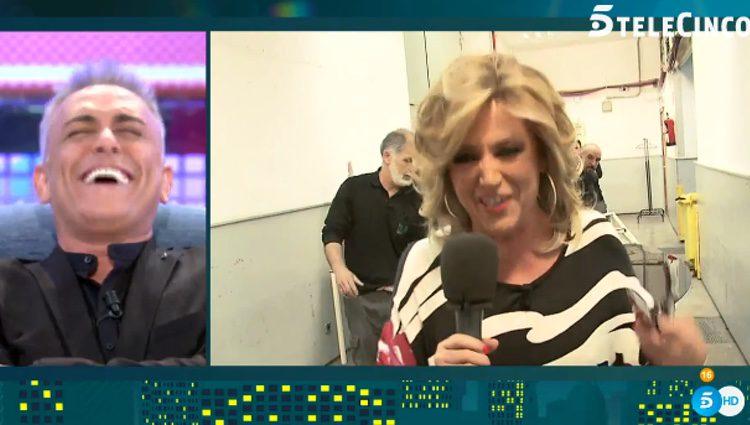 Kiko Hernández riéndose del mensaje de Lydia Lozano / Telecinco.es