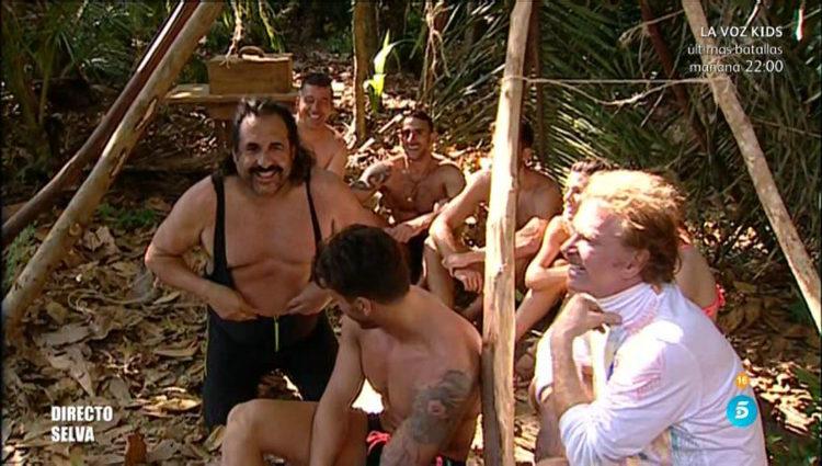 El otro grupo aguarda en la selva   telecinco.es