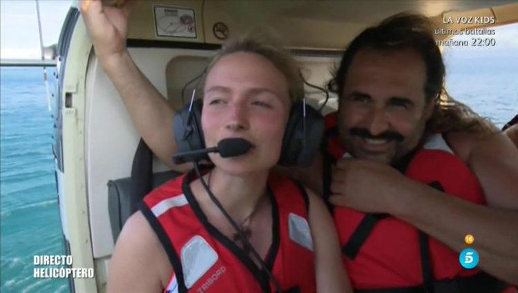 Janet y Juan Miguel antes de tirarse del helicóptero   telecinco.es