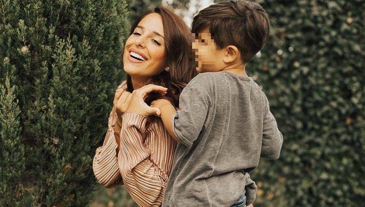 Jennifer Ortiz con su hijo Dylan muy estiloso / Instagram