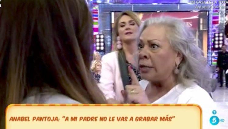 Carmen Gahona y Anabel Pantoja en 'Sálvame'/:telecinco.es
