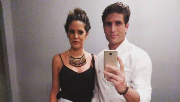 Efrén Reyero con Lucía, con quien ha estado cinco años/ Fuente: Instagram