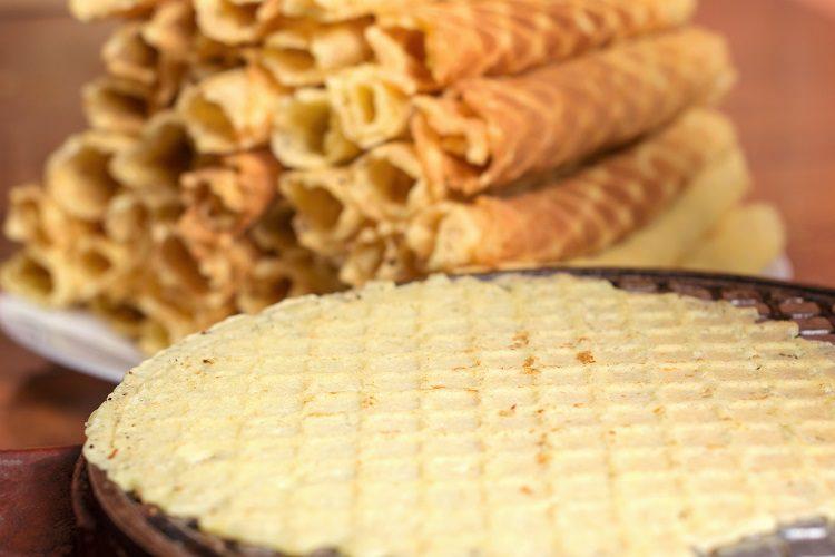 Lo mejor es degustarlos con un líquido caliente, para que el caramelo vuelva a hacerse un poco más cremoso y suelte más sabor