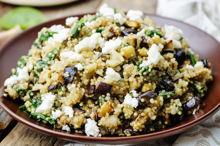 Ensalada de quinoa con espinacas