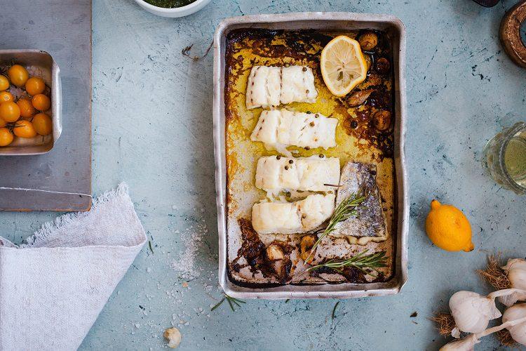 No tiene nada que envidiar a otro tipo de recetas de merluzas realizadas al horno o a la sartén