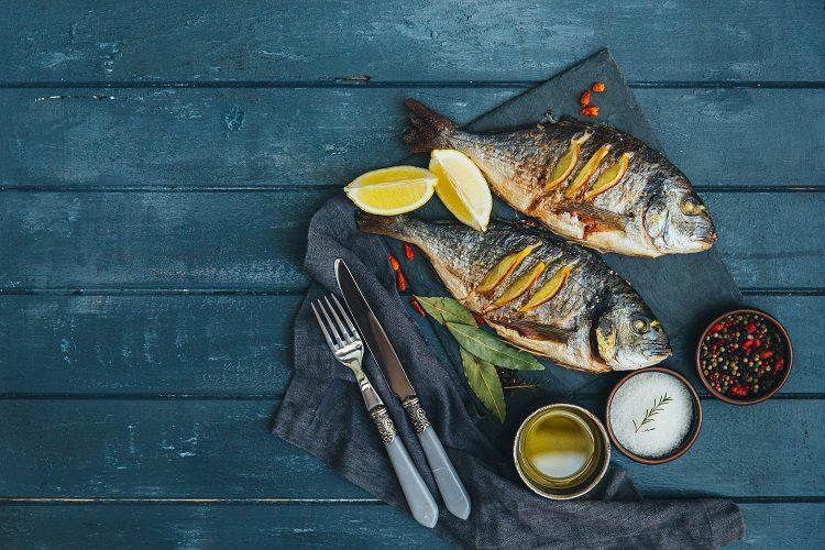 El besugo es un pescado que puede ser comprado en cualquier parte de España