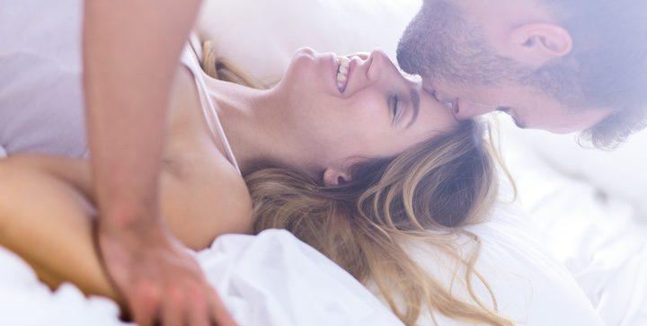Se tocaron, besaron y gimieron hasta el orgasmo