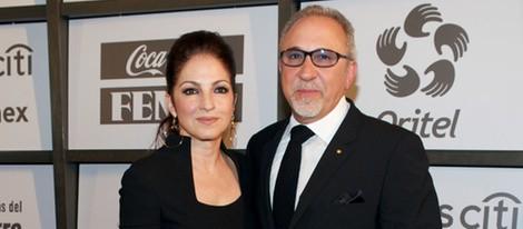 Emilio y Gloria Estefan en la gala benéfica Teletones