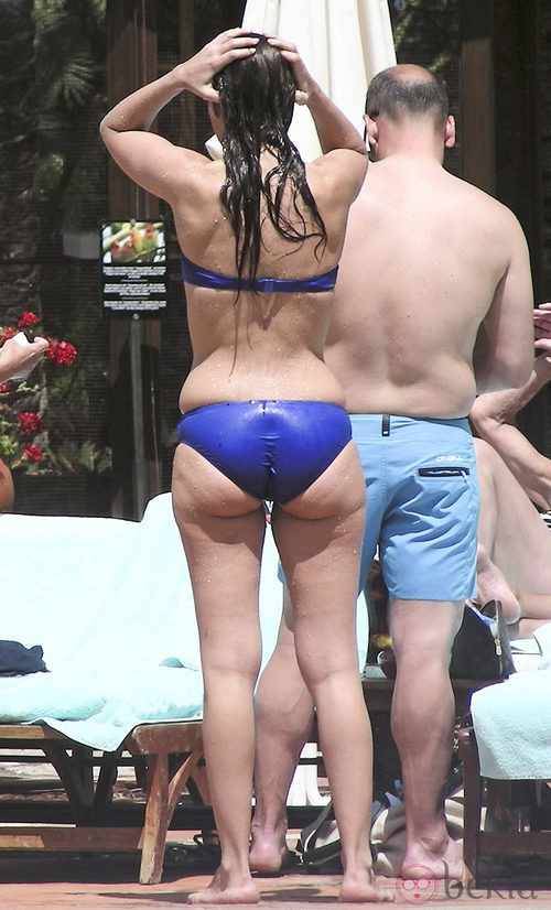 Paula Echevarria en biquini, no tan en forma como su marido