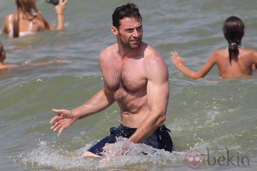 Hugh Jackman Presume De Cuerpo En Saint Tropez