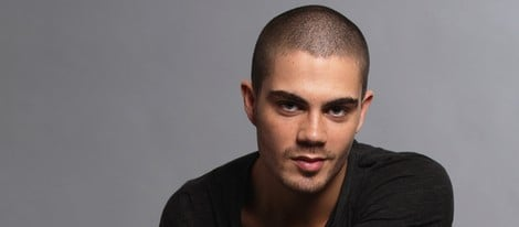 Posado de Max George de 'The Wanted'