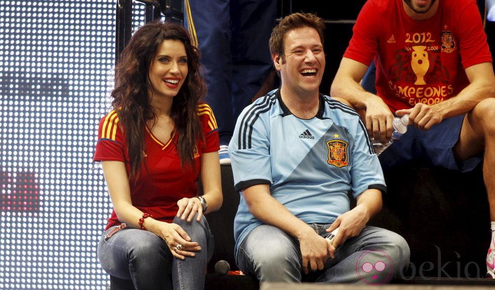 Eurocopa 2012  24300_pilar-carlos-cibeles-roja-eurocopa-2012