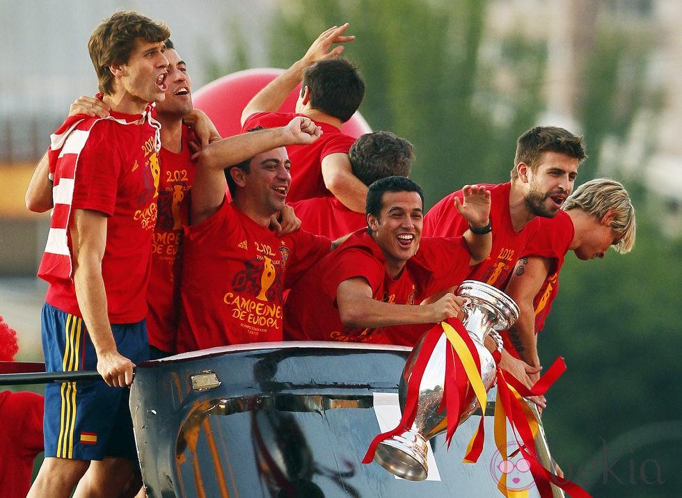 Eurocopa 2012  24322_llorente-busquets-xavi-pedro-pique-torres-cibeles-eurocopa-2012