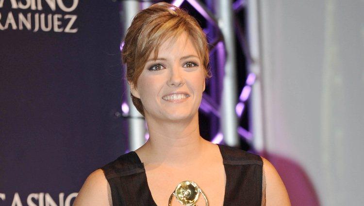María Casado con el premio Antena de Oro 2011