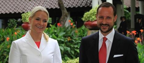 Haakon y Mette-Marit de Noruega en Indonesia