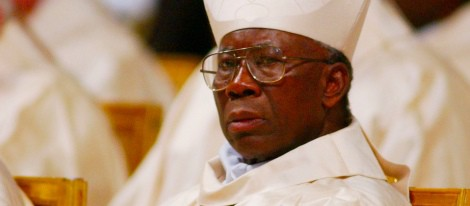 """El Papa renuncia: """"Ya no tengo fuerzas"""" [Peter Turkson será el proximo y ultimo Papa, y luego el Falso Profeta del Apocalipsis] 35428_francis-arinze_m"""