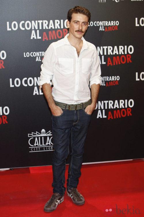 Víctor Clavijo en el estreno de 'Lo contrario al amor' en Madrid