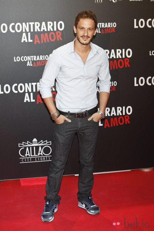 Elio González en el estreno de 'Lo contrario al amor' en Madrid