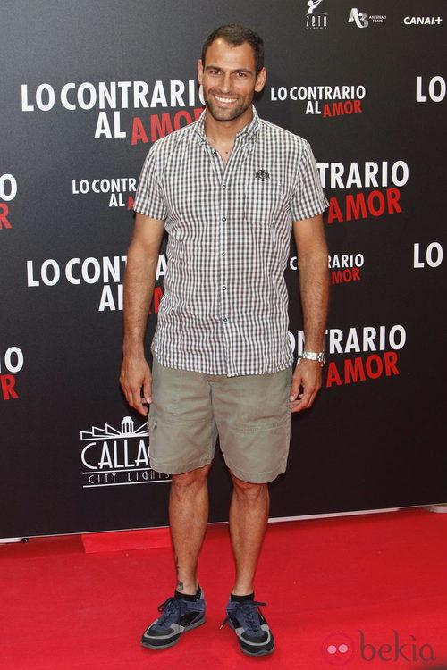Darío Barrio en el estreno de 'Lo contrario al amor' en Madrid