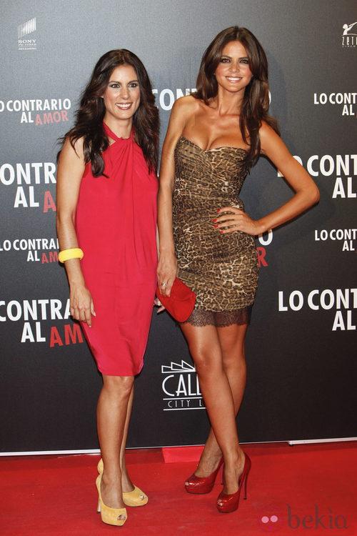 Alicia Senovilla y Romina Belluscio en el estreno de 'Lo contrario al amor'