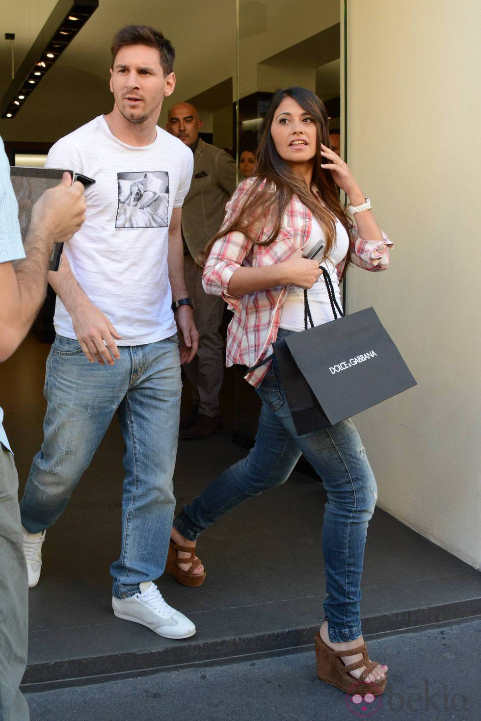 Lionel Messi y Antonella Roccuzzo - YouTube