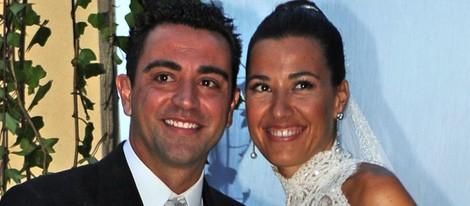 Xavi Hernández y Nuria Cunillera, sonrientes en el día de su boda - 44177_xavi-hernandez-nuria-cunillera-sonrientes-dia-boda_m