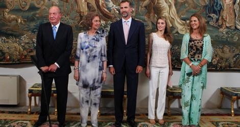 La Familia Real Española en la cena con las autoridades de Baleares
