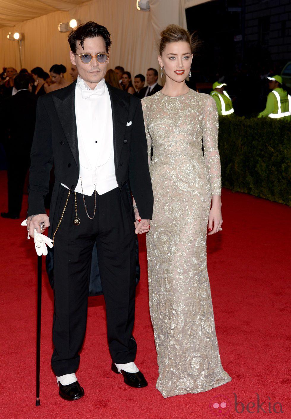 Johnny Depp y Amber Heard en la Gala MET 2014Johnny Depp Amber Heard 2014
