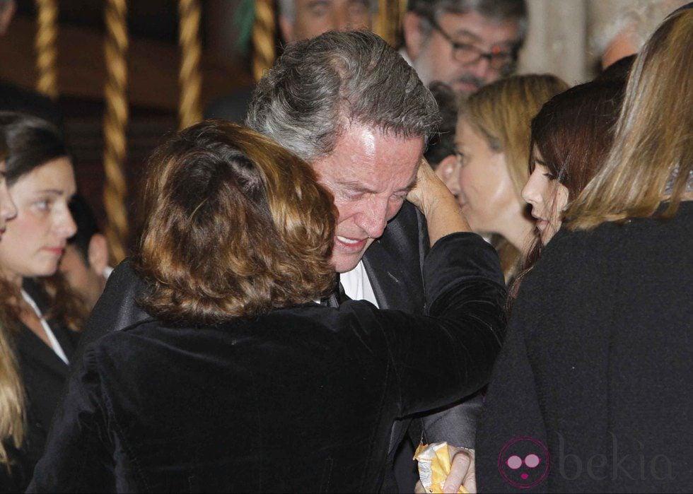 http://www.bekia.es/images/galeria/67000/67038_alfonso-diez-roto-dolor-funeral-duquesa-alba.jpg