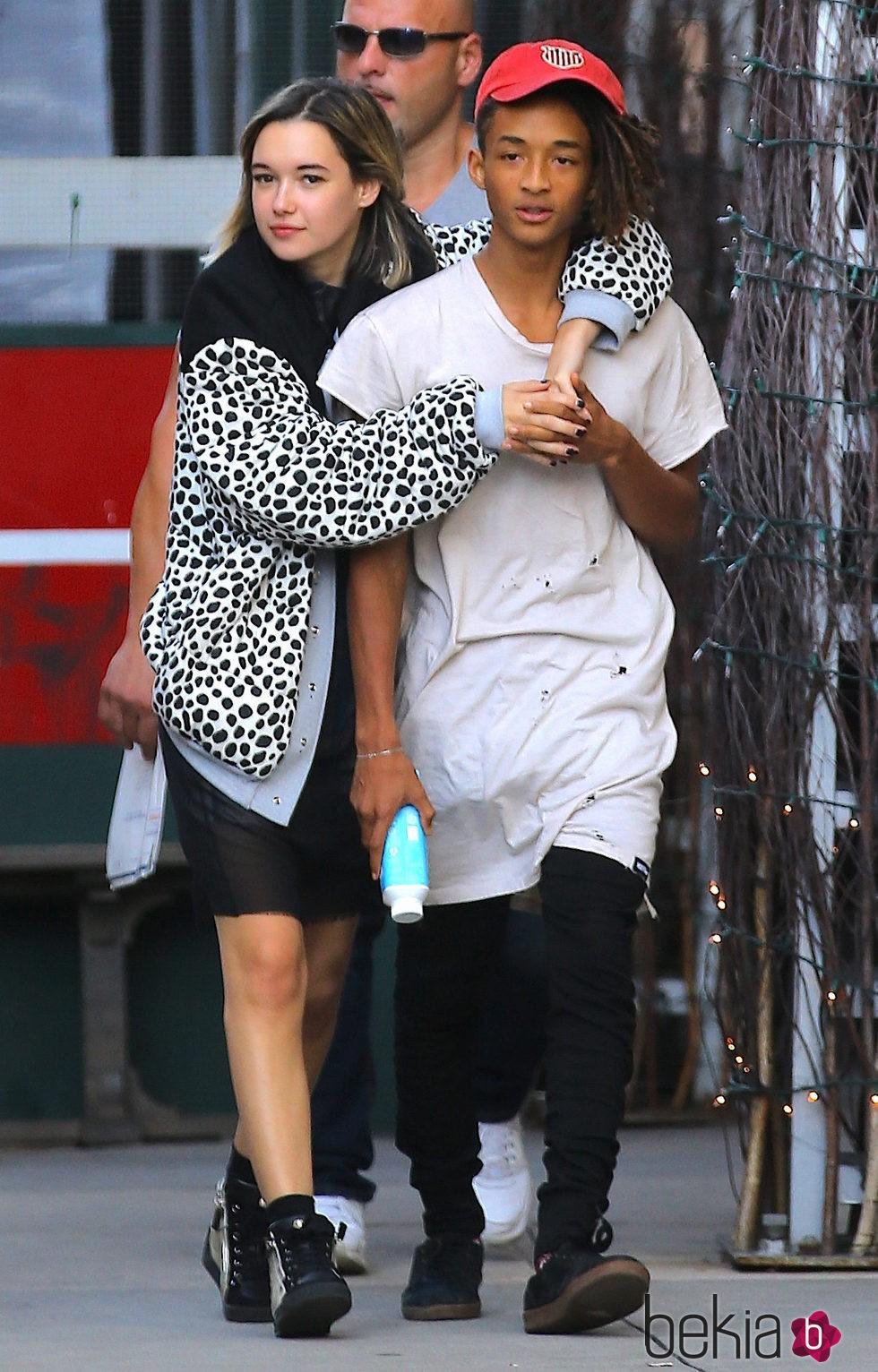 Jaden Smith y su novia Sarah Snyder: Fotos en Bekia