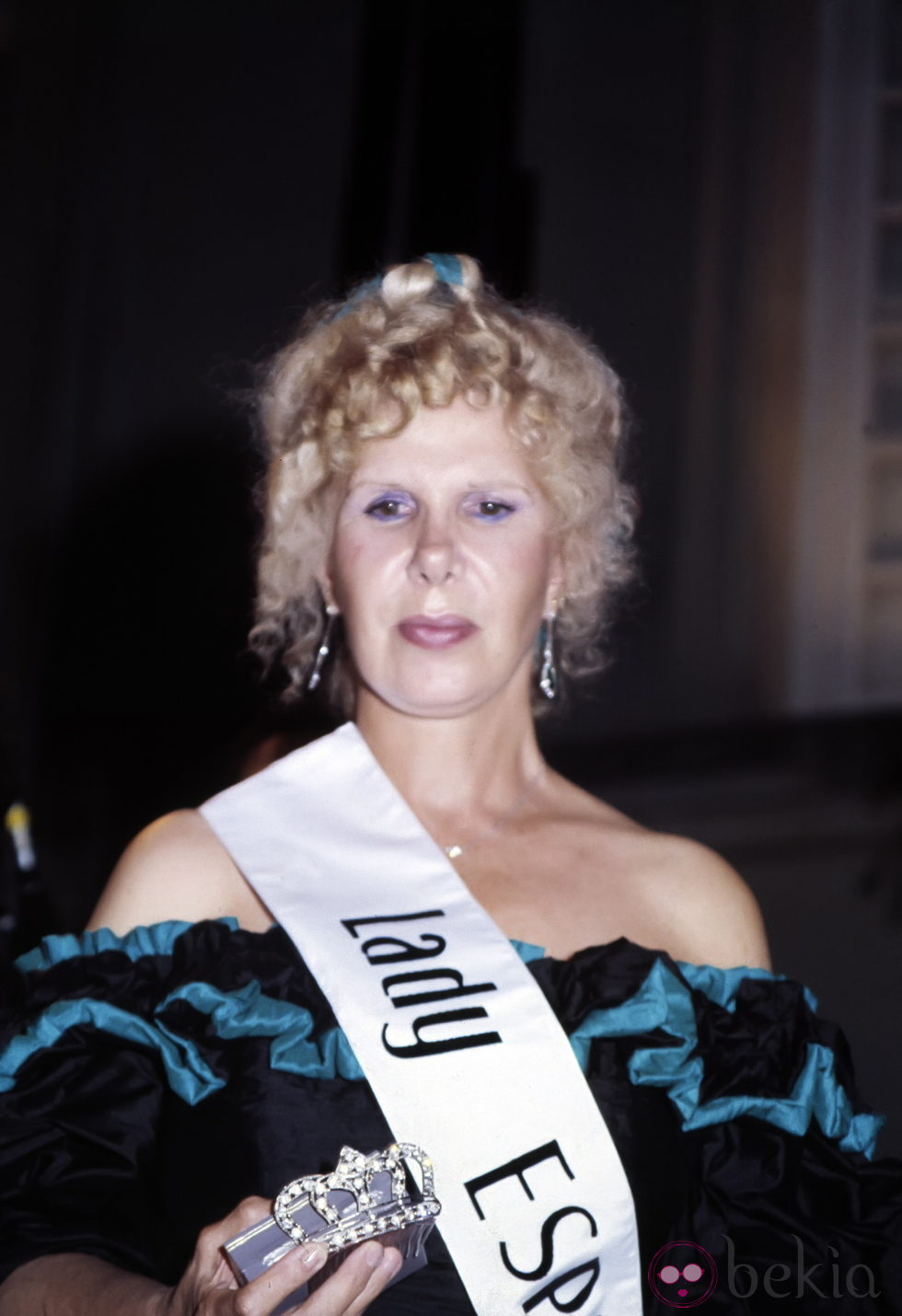 http://www.bekia.es/images/galeria/8000/8853_cayetana-de-alba-elegida-lady-espana-en-1987.jpg