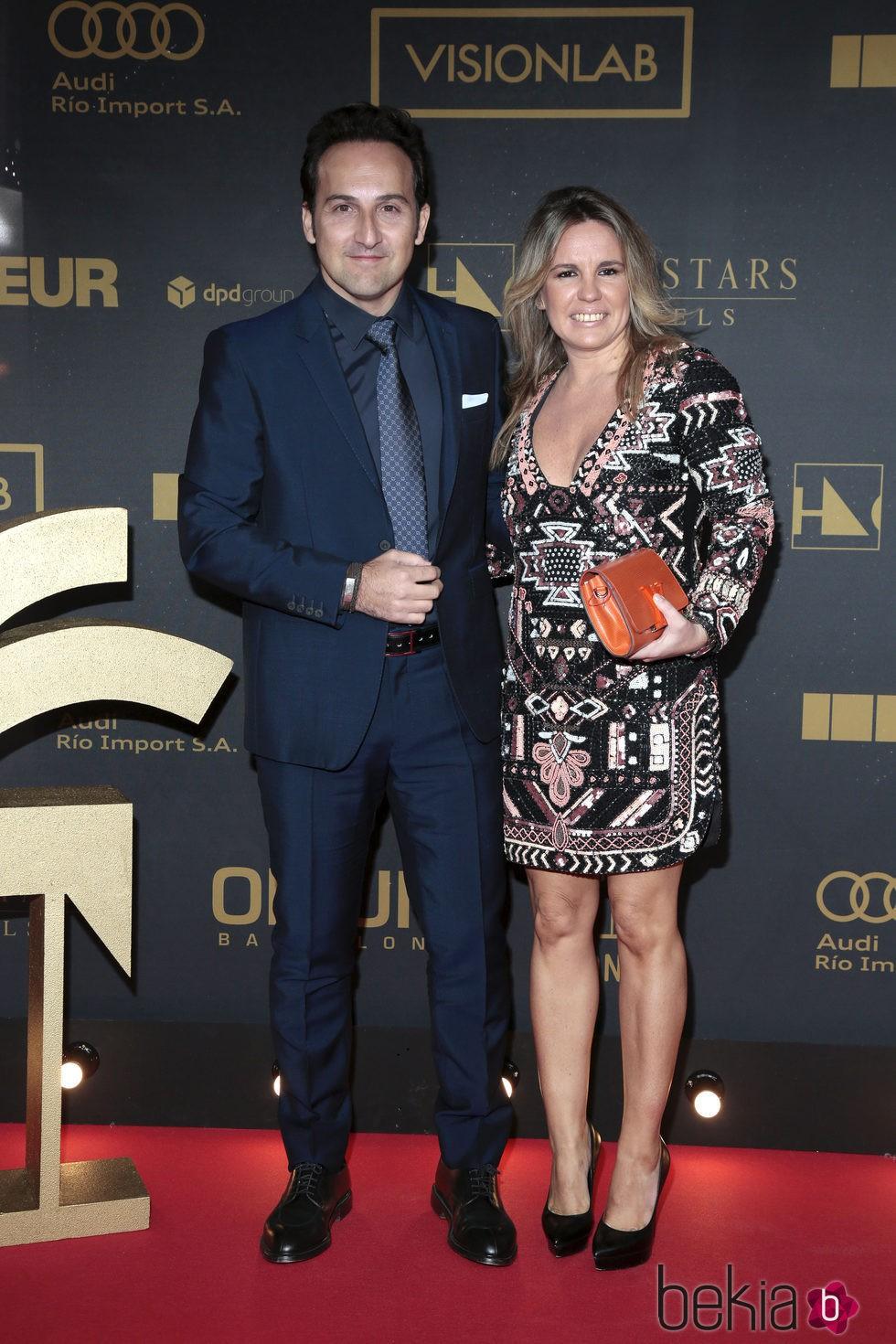 Iker jim nez y carmen porter en los premios ondas 2015 for Jaime garrido cuarto milenio