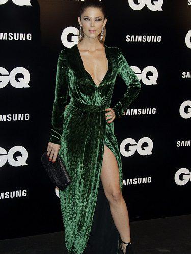 Juana Acosta con un diseño de Gucci en los premios GQ de 2012