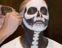 Maquillaje de novia cadaver para Halloween paso a paso