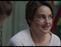 Shailene Woodley y Ansel Elgort en un clip en primicia 'Bajo la misma estrella'
