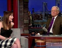 Dakota Johnson en el show de David Letterman tras el estreno de 'Cincuenta sombras de Grey'