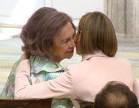 La Reina Letizia y la Reina Sofía, cómplices y amigas en la entrega de los Premios de Discapacidad