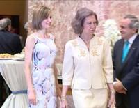 La Reina Letizia a la Reina Sofía: