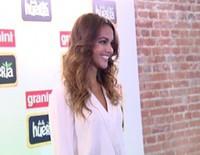 Lara Álvarez enamoradísima de Fernando Alonso pero sin pensar en boda aún