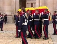 La realeza española dice adiós al Duque de Calabria en un funeral en El Escorial