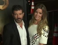 Antonio Banderas estrena casa en Inglaterra con Nicole Kimpel